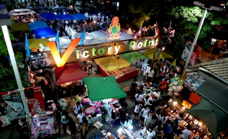 night market @ victory point