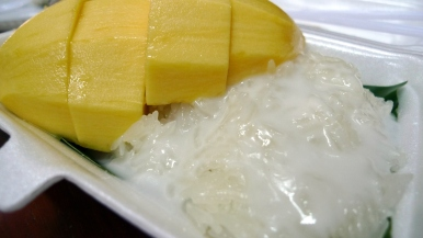 fresh mango+glutinous rice+coconut milk