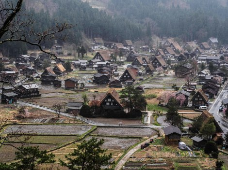 shirakawago from hill
