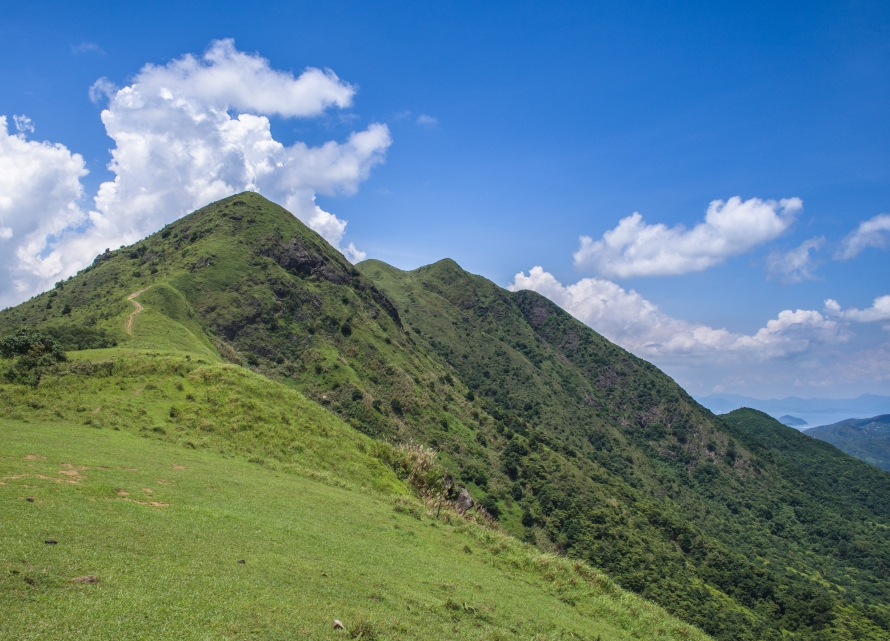 pyramid hill from ma on shan