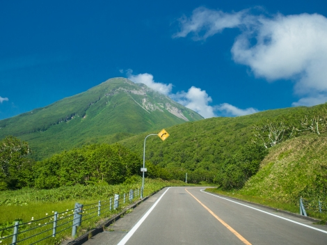 on the way to shiretoko pass