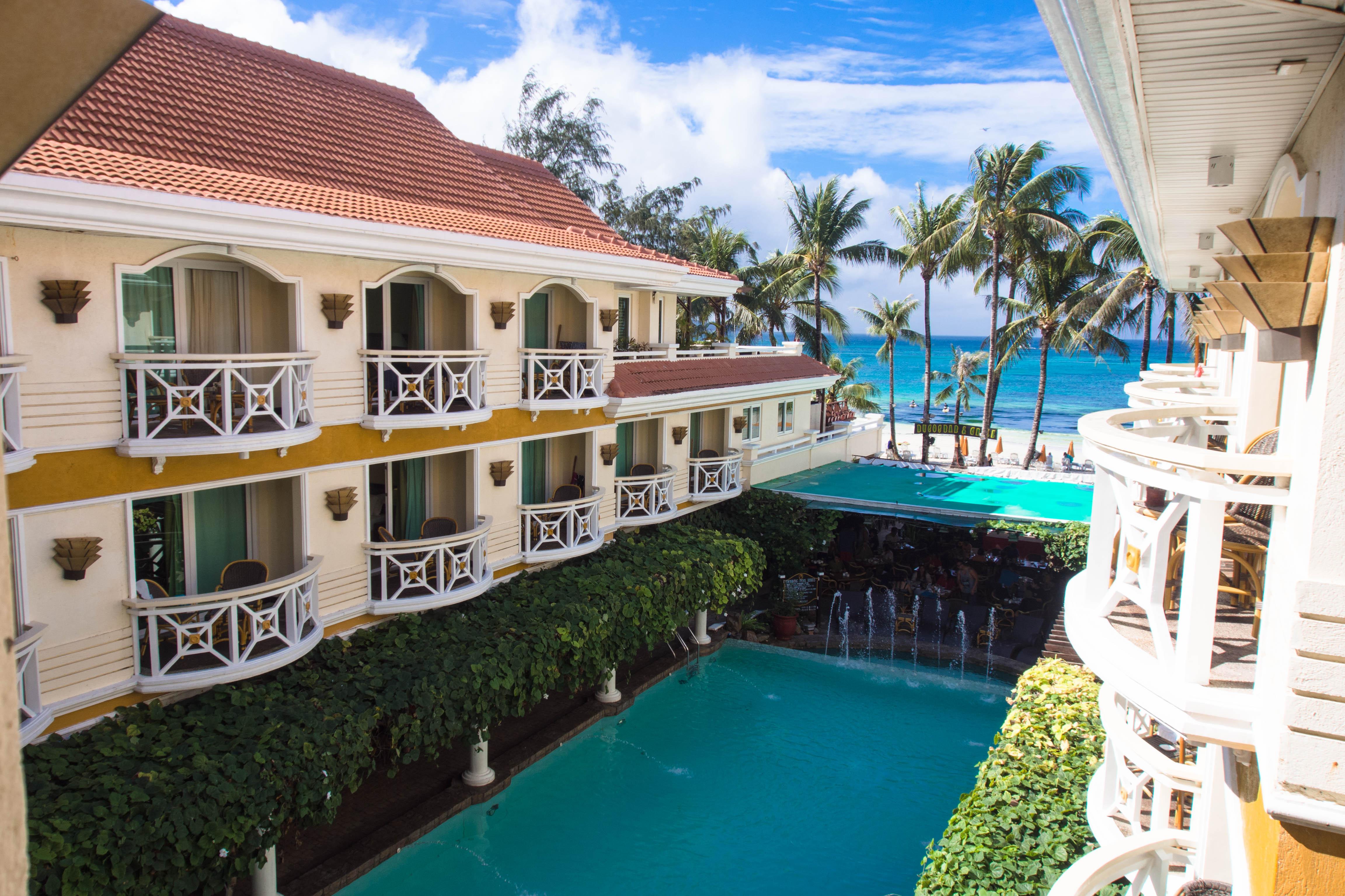 the villa-like mandarin boracay