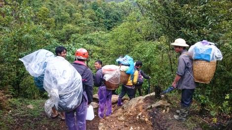 trekking crew - porters