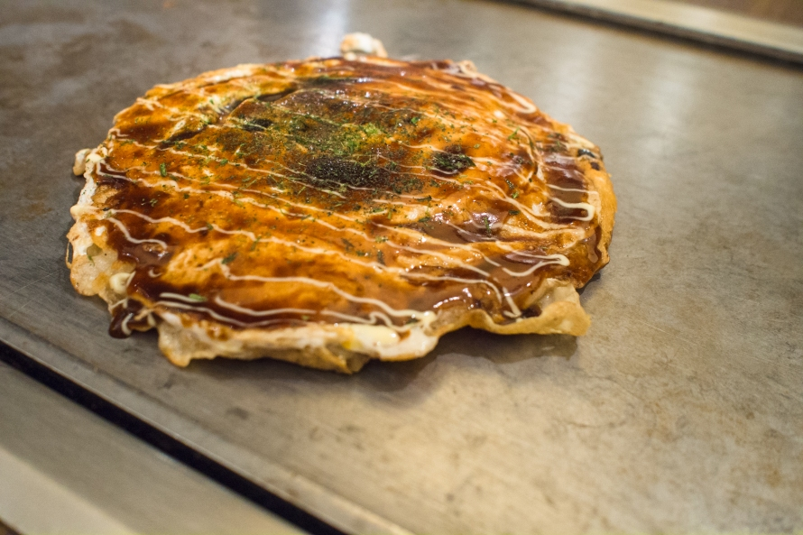 fukutaro - a beautifully put togther okonomiyaki on the counter top